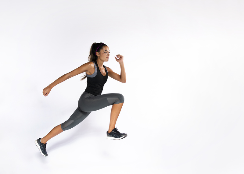 Trening plyometryczny jest metodą, która pozwala podnosić potencjał wydajnościowy, zarówno pod kątem poprawy wysoku, szybkości, zwinności czy koordynacji.